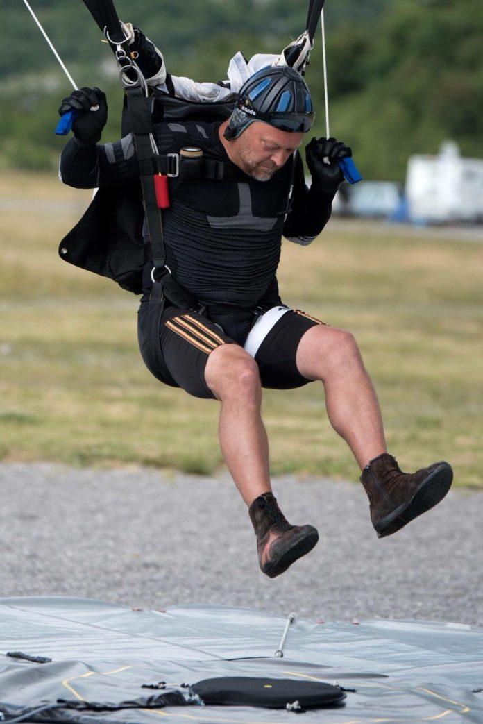 Marco Pflüger im Landeanflug auf die Null. Foto: FSC Remscheid