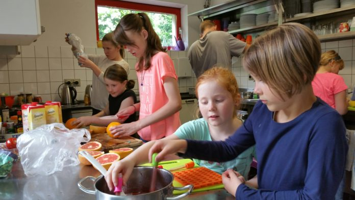 Viele Kinder hatten schon Vorkenntnisse in der Küche. Foto: von Gerishem