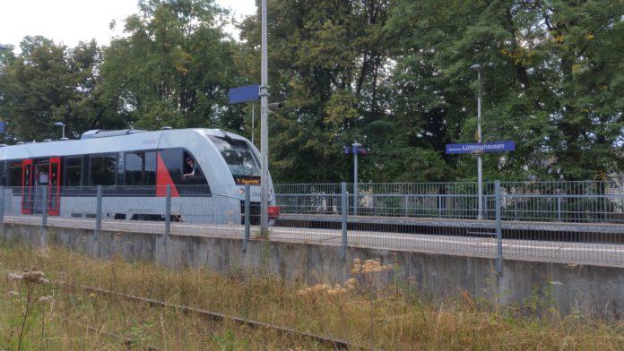 Lüttringhausen ist hervorragend an den öffentlichen Nahverkehr angeschlossen. Foto: Sascha von Gerishem
