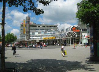 Das Allee-Center in Remscheid. Foto: K.-M. Luettgen / Panoramio