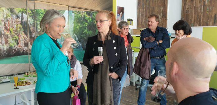 Die Eröffnung von der Familien- und Seniorenbetreuung Mi Casa - Dein zu Hause fand während des Lüttringhauser Herbst- und Bauernmarktes 2018 statt. Foto: Sascha von Gerishem