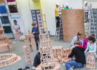 Mit 60.000 Holzbausteinen sind der Fantasie keine Grenze gesetzt. Foto: offiziell