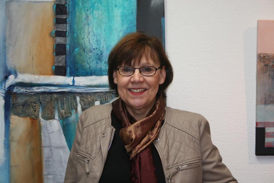 Die Remscheider Vorleserin und Autorin Ulla Wilberg. Foto: offiziell