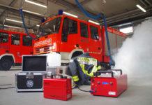 Nebelmaschinen für mehr Realitätsnähe im Training.   Foto: Dirk Petsch