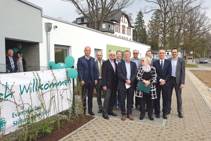 Gruppenbild mit Dame: Stiftung Tannenhof lebt Integration ohne Abfälligkeit. | Foto: Sascha von Gerishem