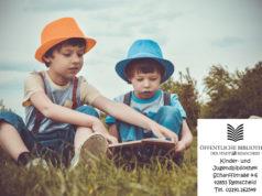 Kuni Viedenz-Ketzer liest immer mittwochs ab 16 Uhr in der Kinder- und Jugendbibliothek Remscheid Geschichten zur Ferienzeit vor.