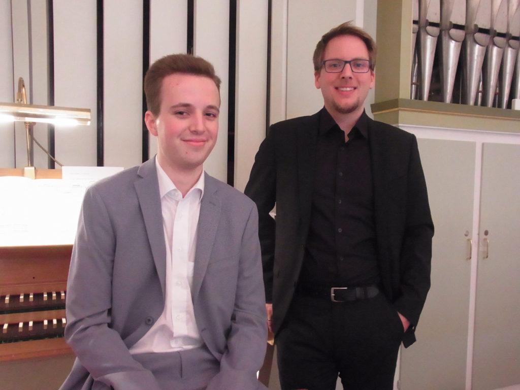 Martin Dowidat (li.) und Martin Honsberg, die sich das 3. Konzert des Orgelsommers teilten. Foto: Peter Klohs