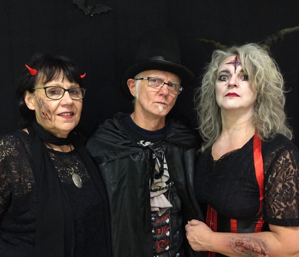 Ulla Wilberg, Udo Bintakies und Judith Bintakies-Schenk, ganz im Zeichen der Körperkunst. Foto: privat