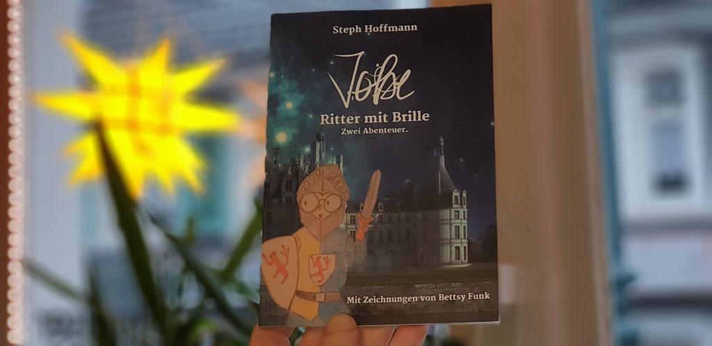 JoBe - Ritter mit Brille. Das neue Buch von Steph Hoffmann. Foto: Sascha von Gerishem