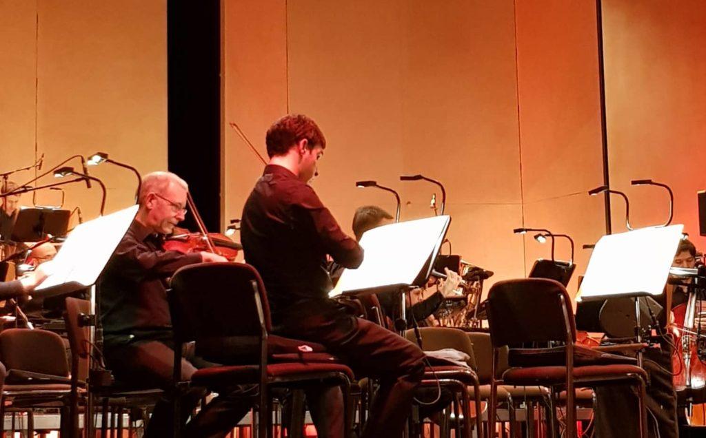 Die Bergischen Symphoniker im Teo Otto Theater. Foto: Steph Hoffmann - www.die-hoffmann.de