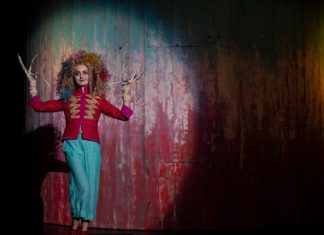 The Shockheaded Peter. Foto: Rheinisches Landestheater Neuss - www.rlt-neuss.de
