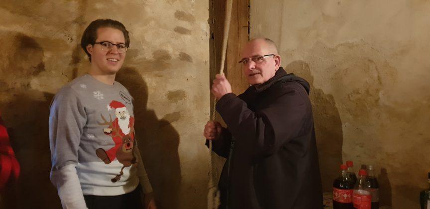 "Dr. Felix Nolzen lässt Autor Peter Klohs ans Seil der ""Mittleren"". Foto: Sascha von Gerishem"
