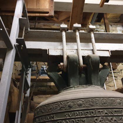 Die Aufhängung der großen Glocke. Foto: Sascha von Gerishem
