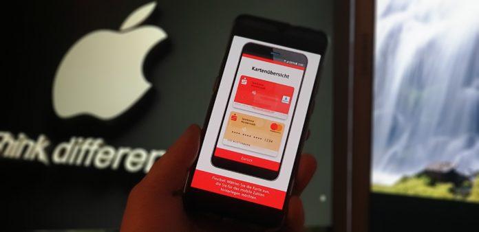Apple Pay startet bei der Stadtsparkasse Remscheid. Foto: Sascha von Gerishem
