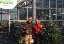 Markus Wolff von den TBR (li.) freut sich über die gelungene Spendenaktion von Garten- & Landschaftsbau Frese. Foto: privat