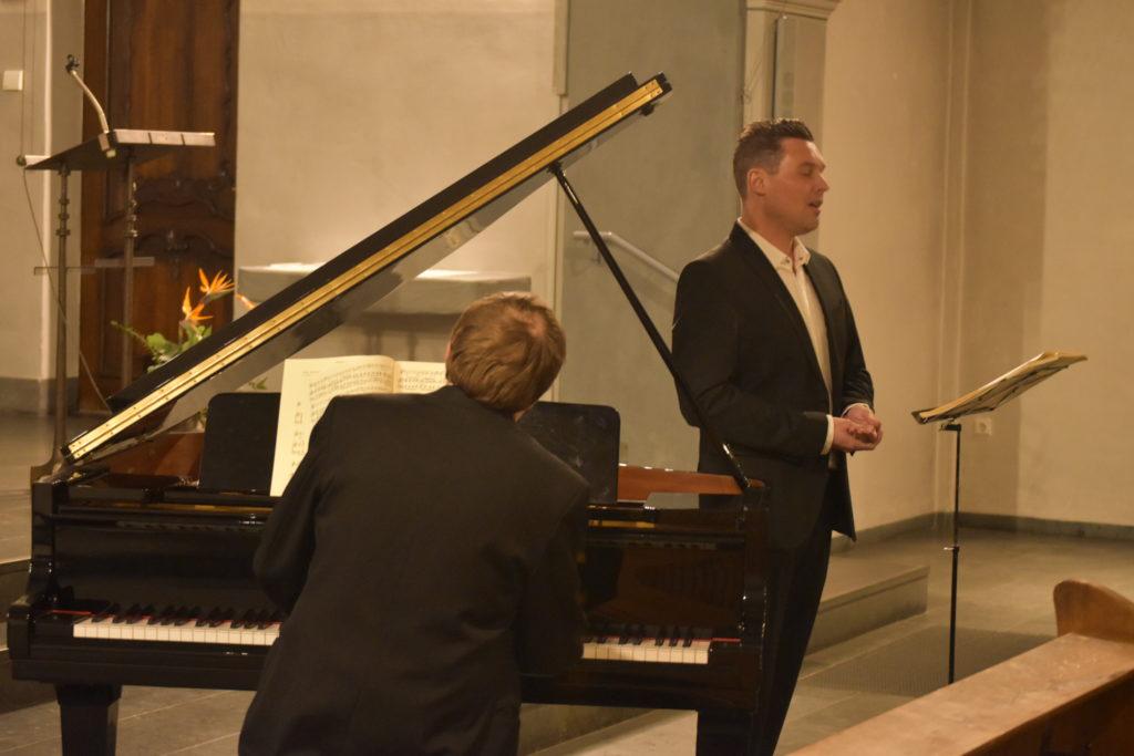 Pianist Oliver Drechsel und Tenor Philipp Hoferichter. Foto: Peter Klohs