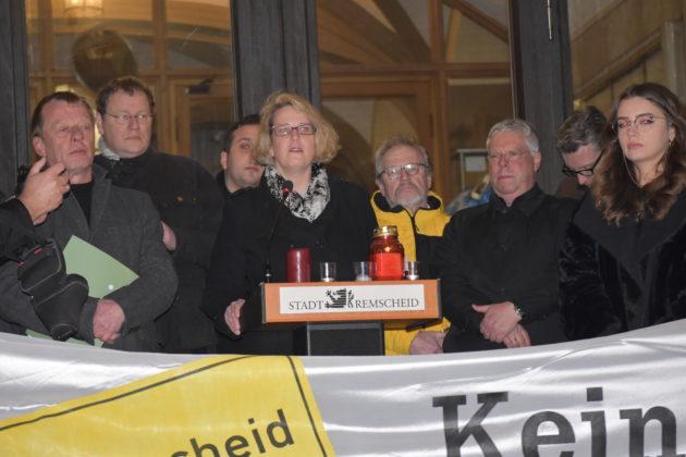 """Alexa Bell, stellvertretende Vorsitzende der CDU-Remscheid, distanzierte sich """"vom rechten Rand"""". Foto: Peter Klohs"""