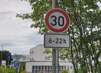 Unterstützenswert: Die Deutsche Umwelthilfe forder ein innerstädtisches Tempolimit von 30 km/h. Foto: Sascha von Gerishem