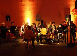 """Impression aus dem Workshop: """"Ein Psalm wird Musik"""". Foto: Adrian Ayad"""