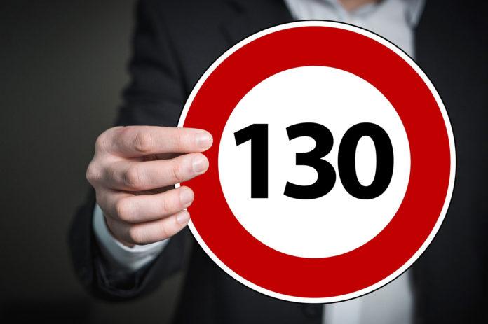 Gefordert: Tempolimit von 130 km/h auf allen Bundesautobahnen. Symbolfoto.