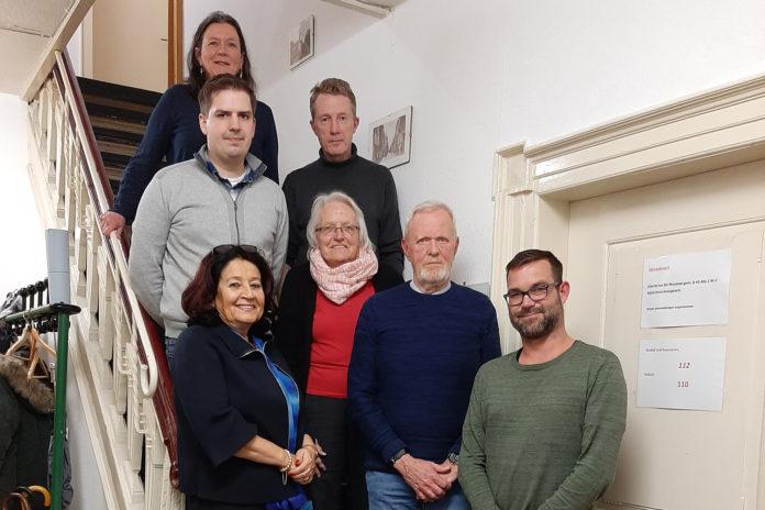 Der neue Vorstand der SPD-Lüttringhausen: Dr. Gerhilt Dietrich, Nico Falkenberg, Sven Danzeglocke, Anne Brüninghaus, Erden Ankay-Nachtwein, Jürgen Heuser und Björn Gottschalk (von oben und dann von links nach rechts). Foto: SPD Lüttringhausen
