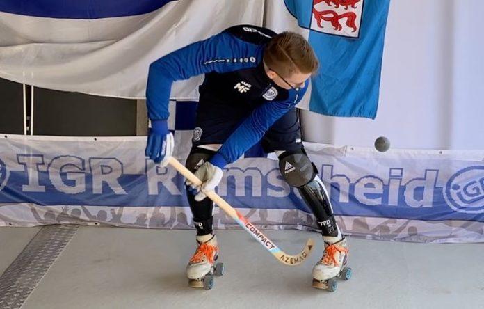 Trainer Markus Feldhoff erklärt mit vollem Körpereinsatz. Foto: IGR Remscheid