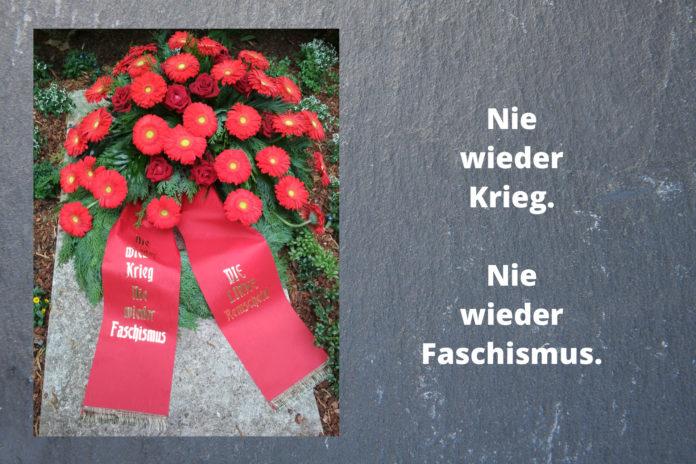 Nie wieder Krieg. Nie wieder Faschismus. Die Linke Remscheid gedenkt der 71 durch SS und Gestapo Ermordeten mit einer Kranzniederlegung. Foto: Die Linke Remscheid