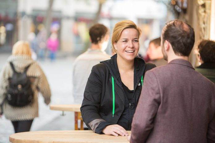 Mona Neubaur, Landesvorsitzende von Bündnis 90/Die Grünen Nordrhein-Westfalen / CC BY-SA (https://creativecommons.org/licenses/by-sa/2.0)