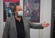 """Dr. Andreas Wallbrecht in """"seinem"""" Werkzeugmuseum in Remscheid-Hasten. Foto: Peter Klohs"""