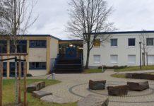 Das Leibniz Gymnasium in Remscheid-Lüttringhausen. Foto: Sascha von Gerishem
