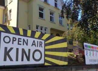 Die Gelbe-Villa veranstaltet in Remscheid wieder das Open Air-Kino. Foto: Sascha von Gerishem