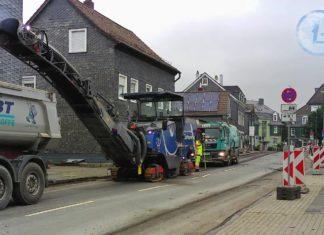Die Sanierung der Lüttringhauser Kreuzbergstraße startete pünktlich. Screenshot: Sascha von Gerishem