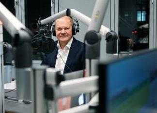 "Vize-Kanzler Olaf Scholz (SPD) exklusiv im WDR COSMO-Podcast ""Machiavelli"". © WDR/Nils vom Lande"