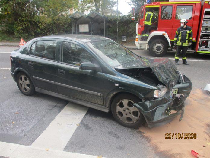 Das Fahrzeug des Unfallverursachenden. Foto: Polizei Rheinisch-Bergischer Kreis