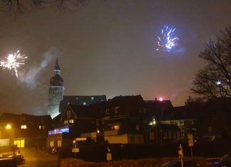 Silvesterfeuerwerk über der Lütterkuser Altstadt: Nicht in diesem Jahr. Foto: Sascha von Gerishem