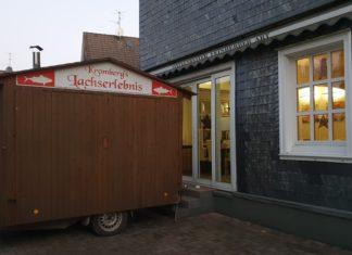 Der kleinste Weihnachtsmarkt der Welt findet in diesem Jahr neben dem Hotel Kromberg in Lüttringhausen statt. Foto: Sascha von Gerishem
