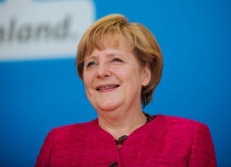 Bundeskanzlerin Dr. Angela Merkel am 14.08.2013 bei einer CDU Wahlkampfveranstaltung im hessischen Seligenstadt. Foto: Alexander Kurz, Lizenz: CC-BY-SA-3.0