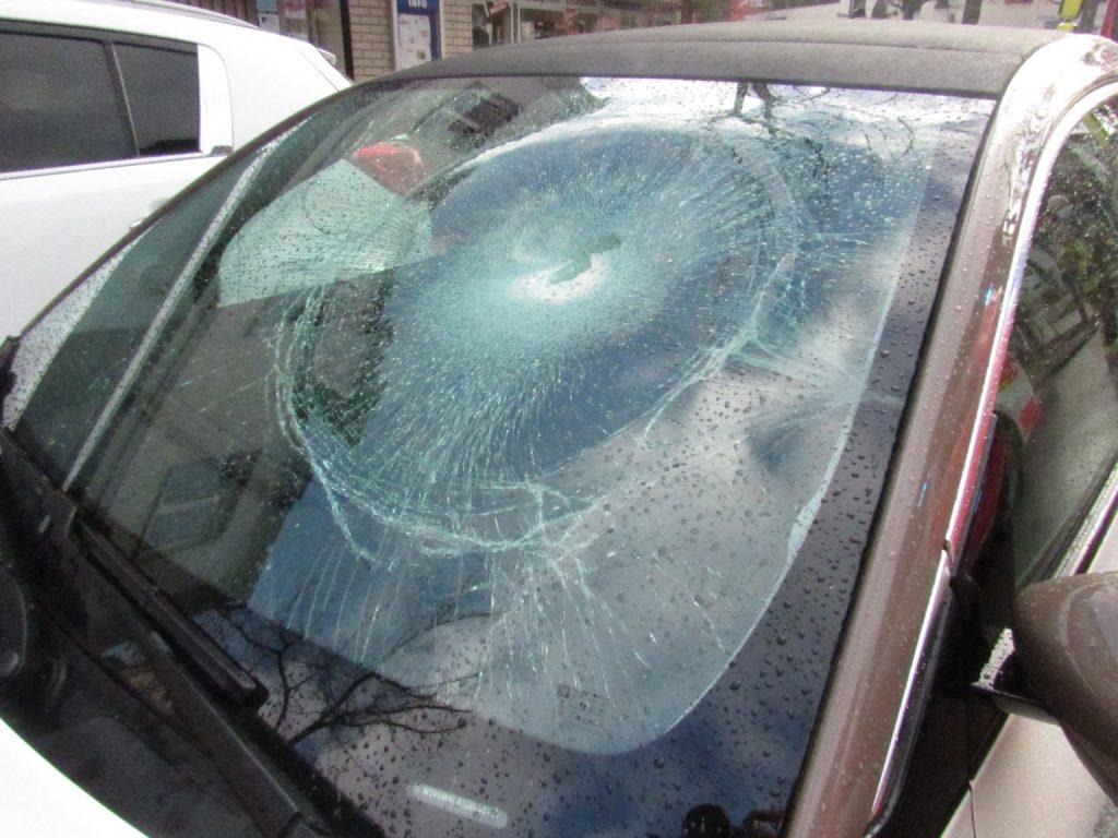 Ein 12-jähriger Radfahrer wurde in Ratingen von einem Auto angefahren. Foto: Polizei Mettmann