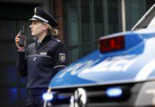 Polizistin bei der Arbeit. Foto: Polizei