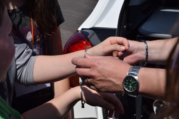 Polizei im Einsatz: Festnahme. Foto: Paolo Ghedini