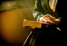 Lesen erweitert nicht nur den Horizont, es trainiert auch die Fantasie. Foto: Yerson Retamal