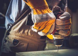 Maschinen mieten: So sparen Privatpersonen & kleine Unternehmer. Copyright: Virrage Images / Shutterstock.com