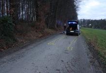 Unfall mit Kind in Lindlar: Der Autofahrer konnte den Zusammenstoß mit dem Radfahrer nicht mehr verhindern. Foto: Polizei Oberberg