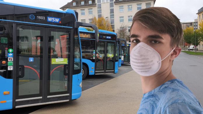 Ab 25. Januar 2021 herrscht die Pflicht zum Tragen medizinischer Masken im ÖPNV. Collage: Sascha von Gerishem