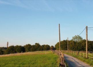 Zum Stadtbild der Großstadt Remscheid gehören Wiesen und Felder, wie hier in Lüttringhausen - dem Städtchen im Grünen, einfach dazu. Foto: Sascha von Gerishem