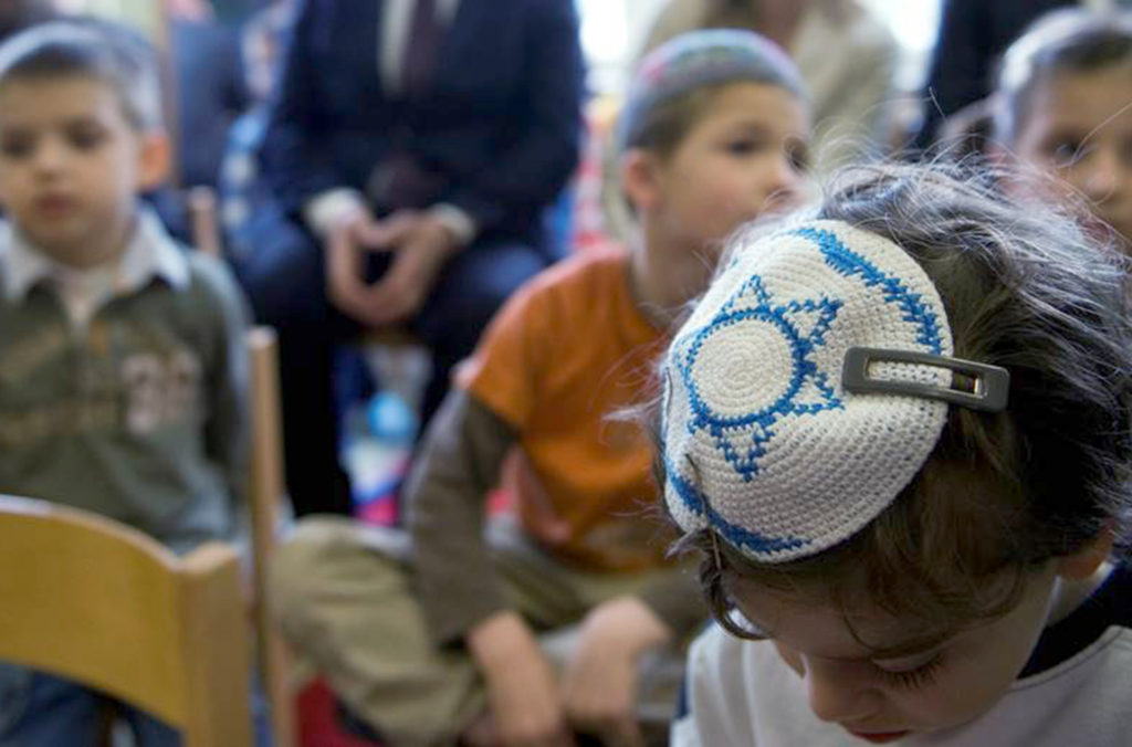 Junge mit Kippa in einem jüdischen Kindergarten. © WDR/Steffi Loos/dapd