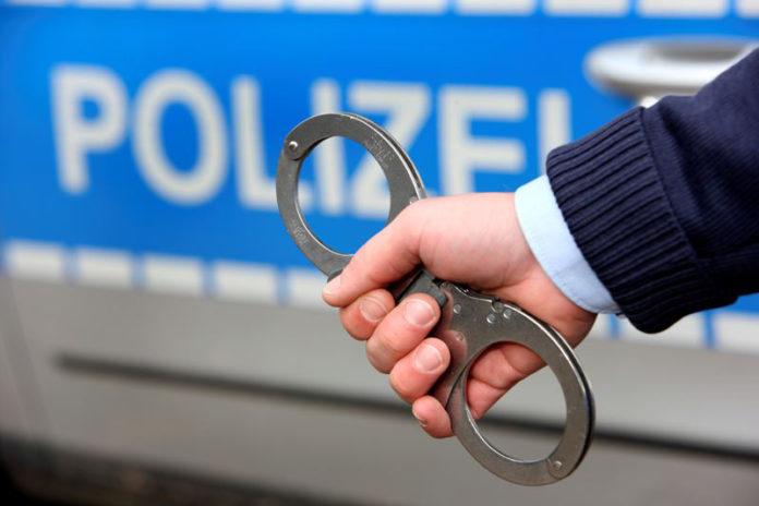 Festnahme. Symbolfoto Polizei-NRW.