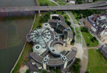Das Landtagsgebäude von Nordrhein-Westfalen in Düsseldorf. Foto: Heinz Teuber