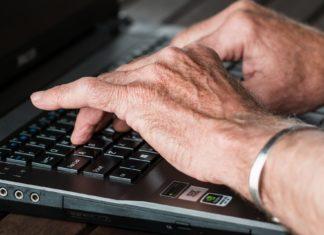 """Die Polizei appelliert an alle Bürgerinnen und Bürger: """"Geben Sie Ihre persönlichen Daten nicht an Fremde heraus. Die Firma Microsoft wird Sie niemals telefonisch kontaktieren und private Daten von Ihnen fordern. Sollten Sie den Verdacht hegen, dass Betrüger am Telefon sind, beenden Sie das Gespräch unverzüglich."""""""