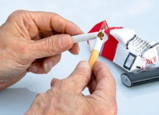 Besser als Zigarettenautomaten aufbrechen? Zigaretten durchbrechen. Foto: Myriams Fotos